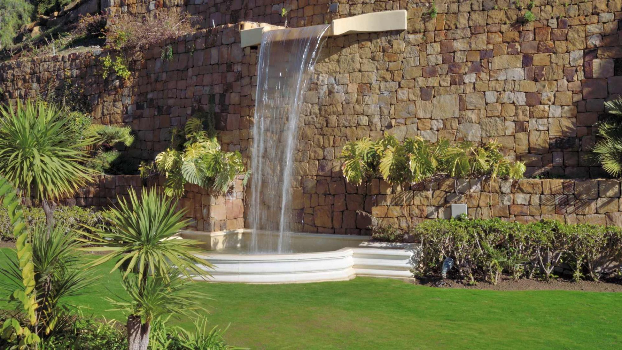 la zagaleta property fountain