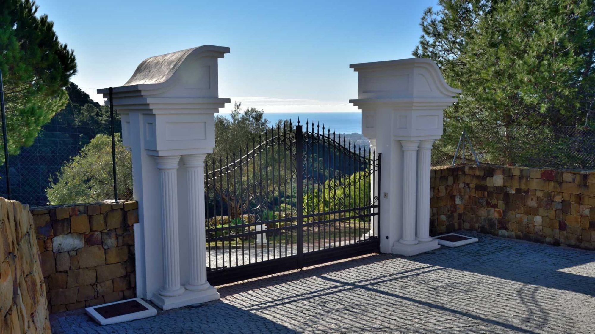 la zagaleta villa grand entrance