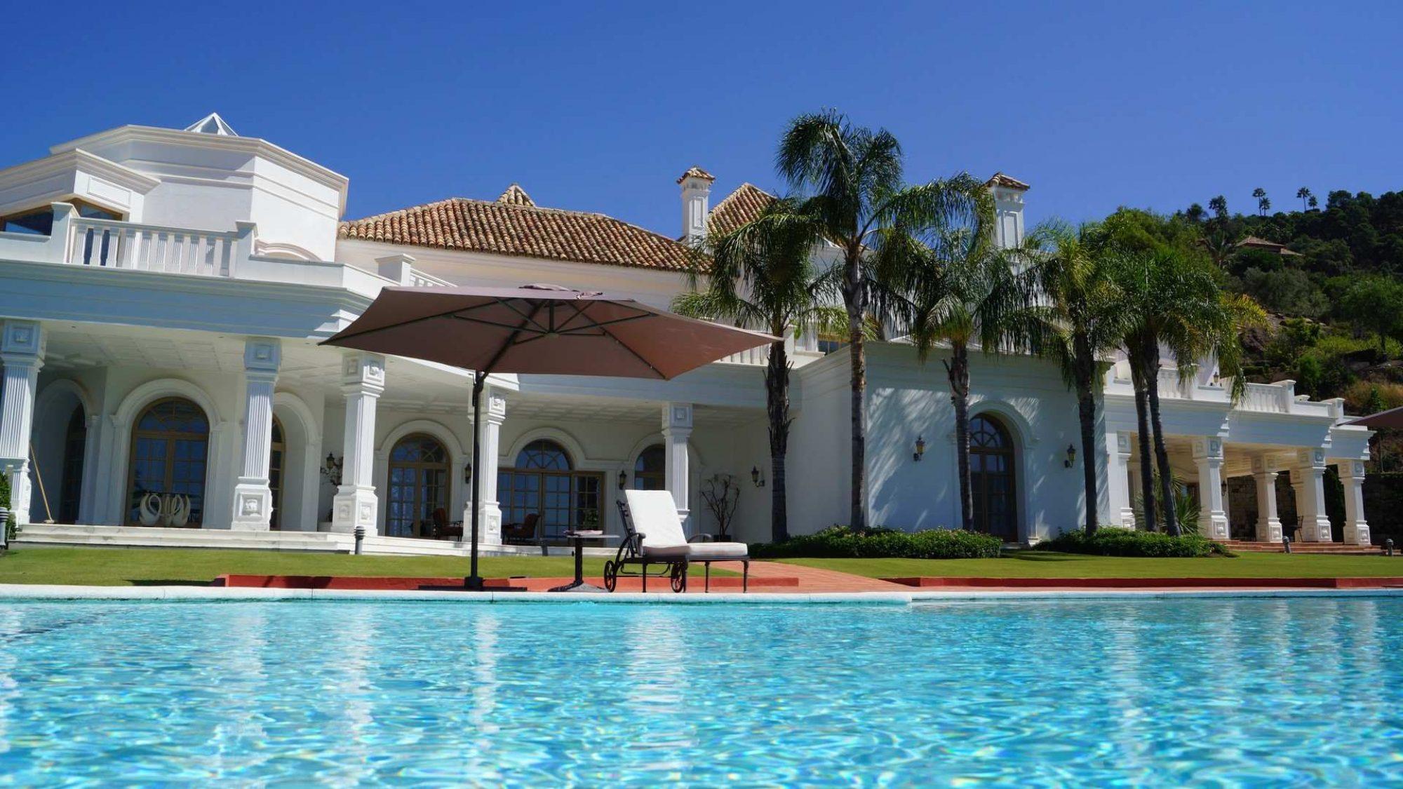 la zagaleta villa on large plot